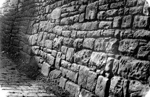 The wall in 1927